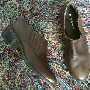 Naturalizer brown leather ankle boots/ shooties